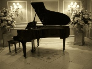 grand_piano_by_wolfgirl17591